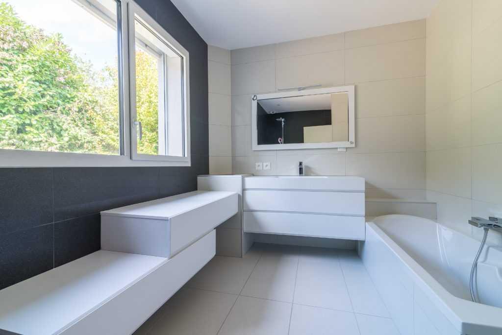 https://ocube.eu/wp-content/uploads/2019/09/architecte-maison-individuelle-lyon-1.jpg