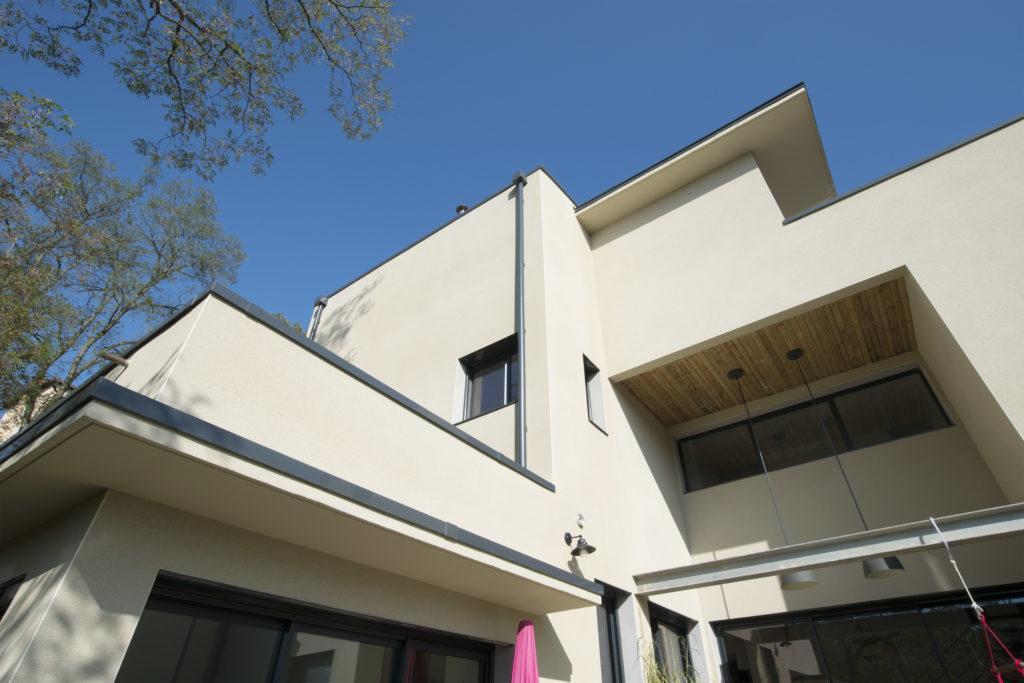 https://ocube.eu/wp-content/uploads/2019/09/architecture-contemporaine-collectif-3-logements-lyon.jpg