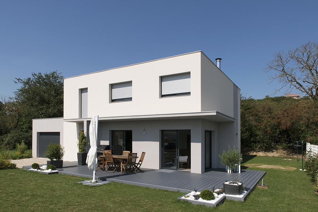https://ocube.eu/wp-content/uploads/2019/10/architecte-maison-contemporaine-genas.jpg