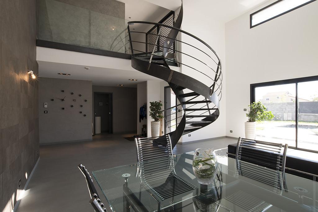 https://ocube.eu/wp-content/uploads/2019/10/architecture-contemporaine-genas.jpg