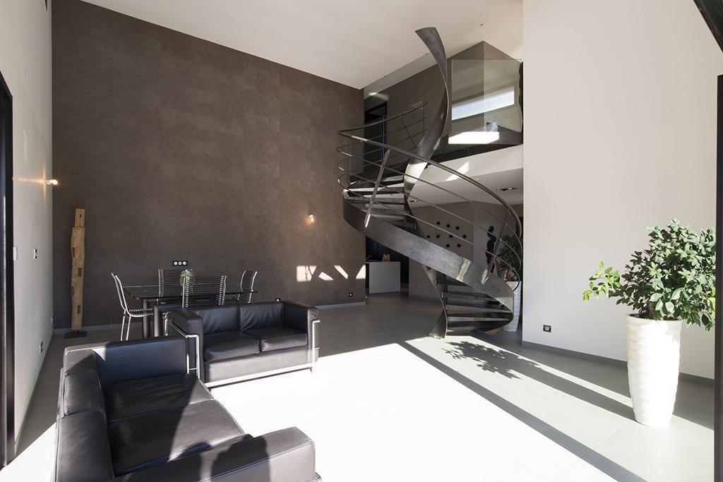 https://ocube.eu/wp-content/uploads/2019/10/architecture-contemporaine-lyon.jpg
