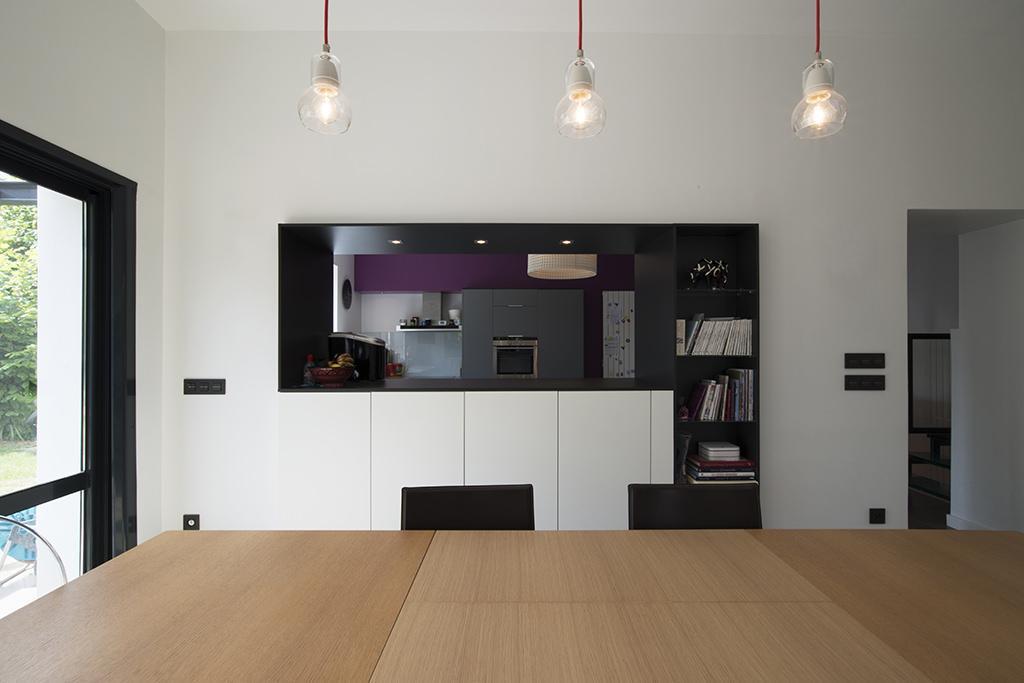https://ocube.eu/wp-content/uploads/2019/10/extension-et-renovation-contemporaine-lyon-1.jpg