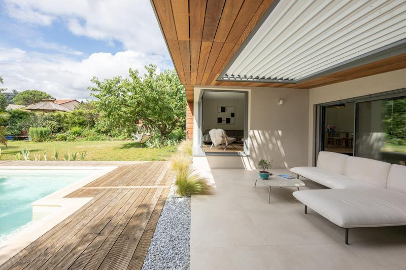 https://ocube.eu/wp-content/uploads/2019/10/maison-contempoaraine-ocube-architecture-lyon.jpg