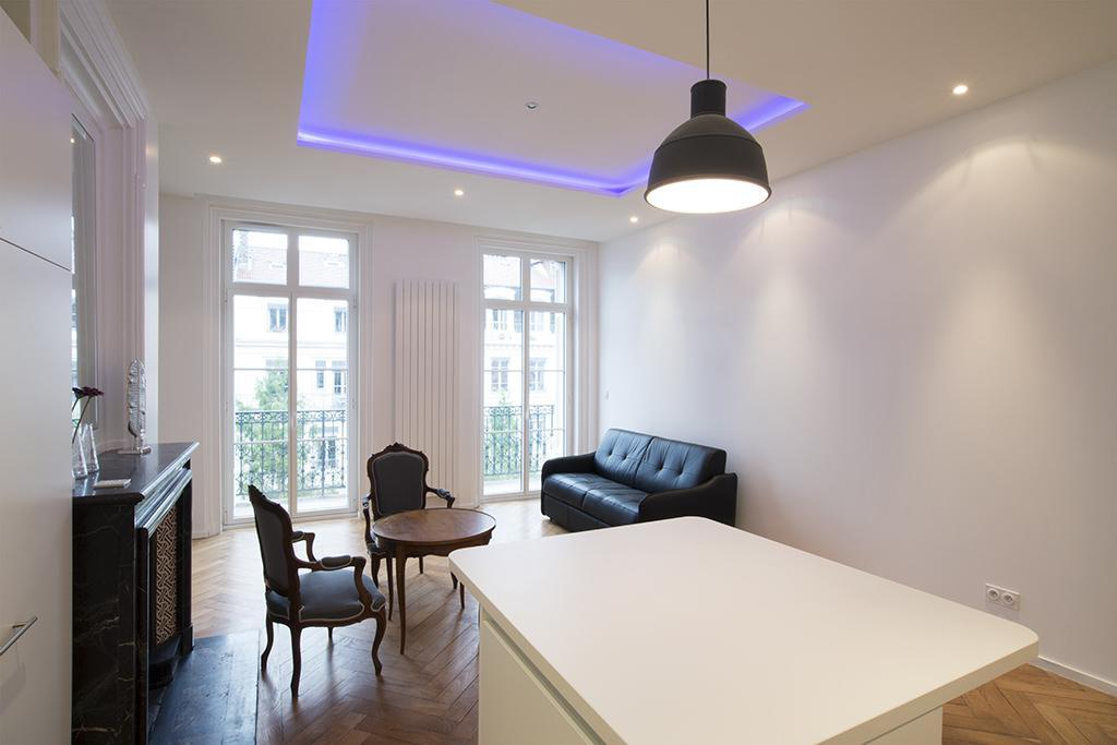 https://ocube.eu/wp-content/uploads/2019/10/renovation-appartement-lyon-6eme.jpg